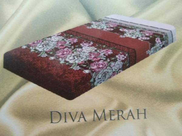 Diva merah adalah motif dari kasur busa inoac surabaya